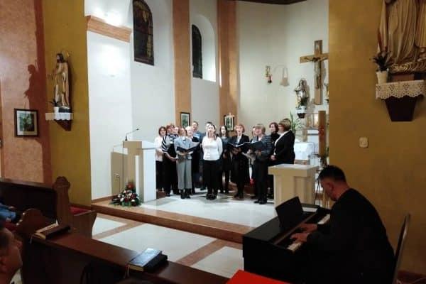 župni-zbor1